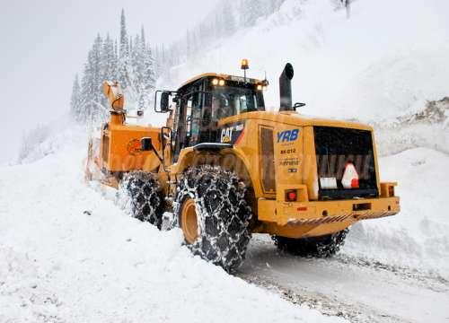 вывоз снега, уборка экскаватором погрузчиком
